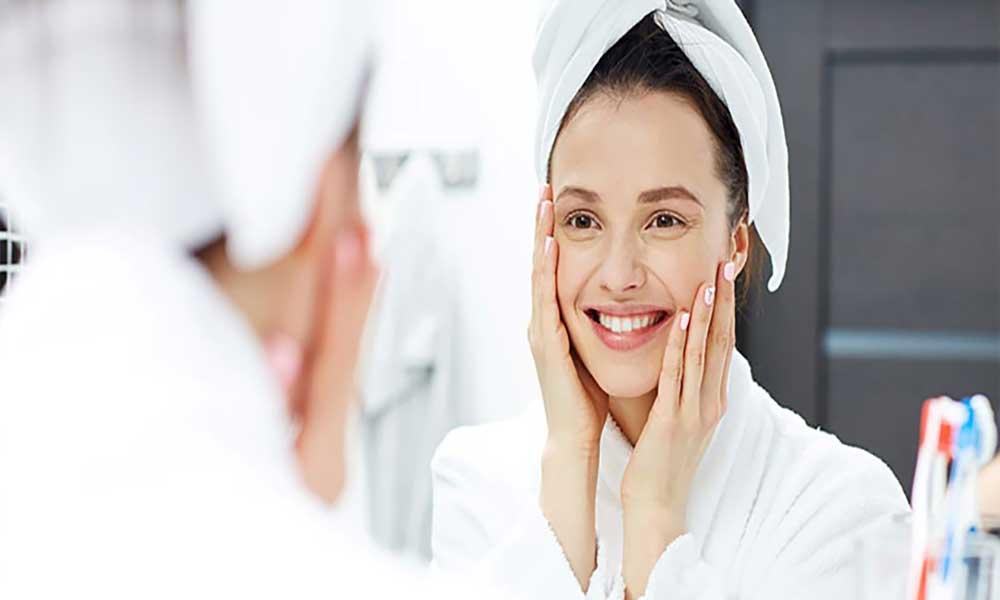 زیبایی صورت با آب درمانی